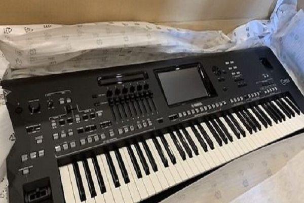Yamaha Genos 76-Key Digital Workstation 1